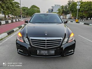 Mercedes E250 CGI A/T 2010, Super conditions
