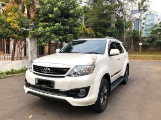 TOYOTA FORTUNER 2.7 LUX A/T 2014