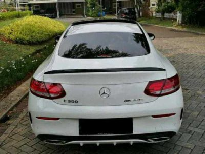 Forsale Mercedes Benz C300 Coupe Low KM 2018 AMG  Nik 2018 Odo: 7 ribu km low Tax: 09 2021 Letter B